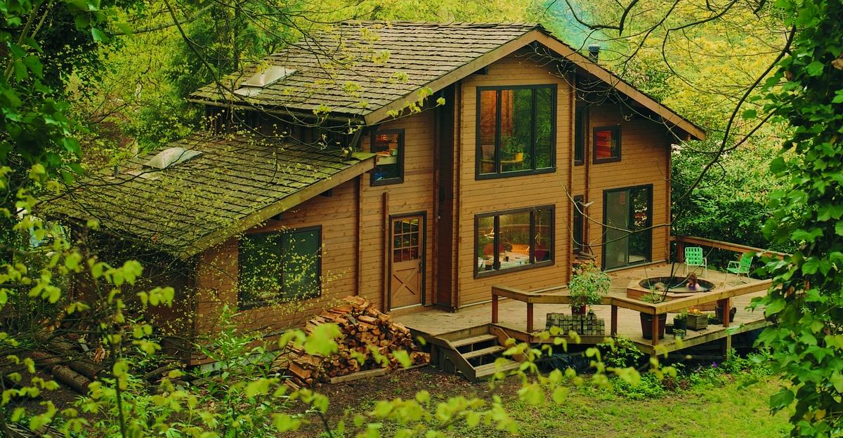 nos catalogues de maison en bois massif maison en bois. Black Bedroom Furniture Sets. Home Design Ideas